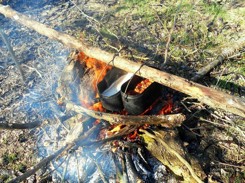 У огня ... DSCN1335.JPG
