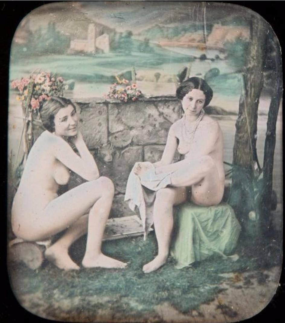 1855. Женщины в студии