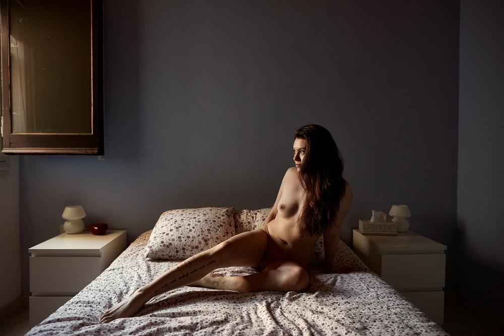 Нагота без прикрас в фотопроекте «Ню»