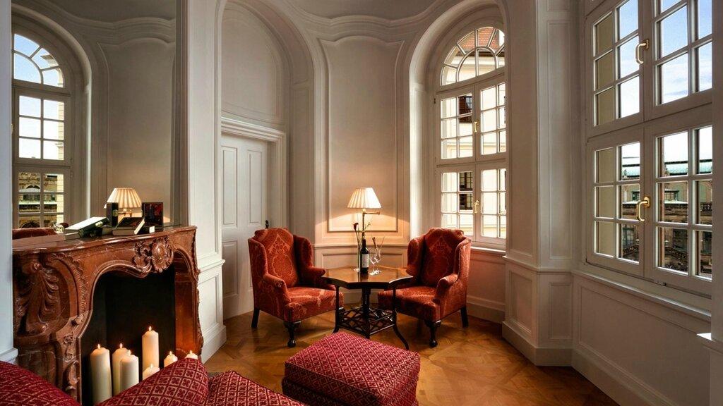 slider_hotel-taschenbergpalais-kempinski-dresden-kronprinzensuite-2.jpg