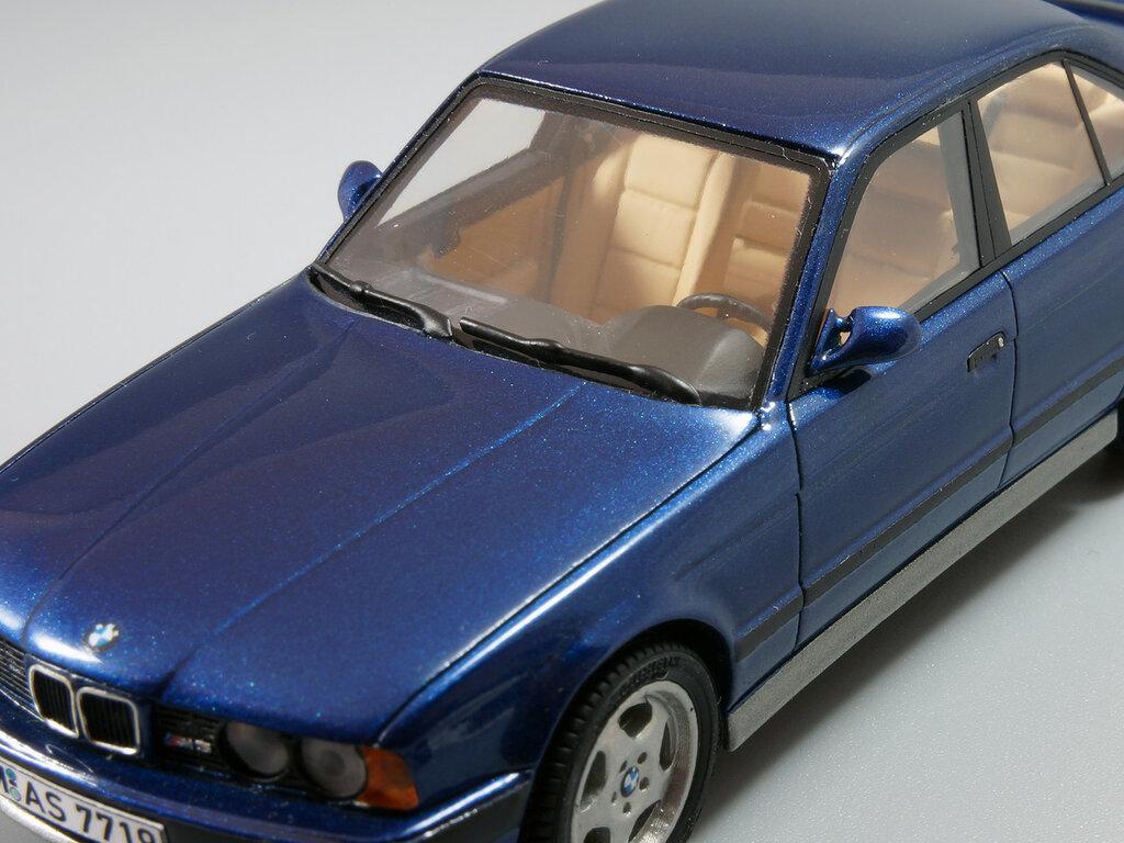 BMW_M5_E34_13.jpg