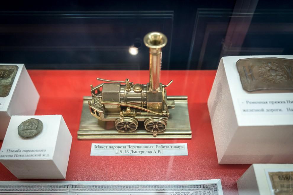 История депо Началом эксплуатации считают 1905 год, когда было построено паровозное веерное депо на
