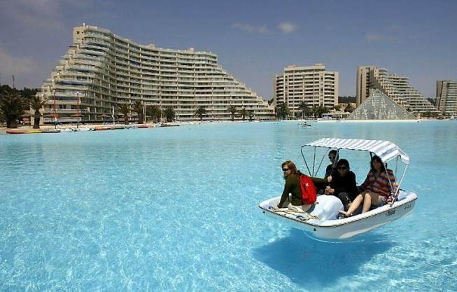 Самый большой в мире бассейн (16 фото)