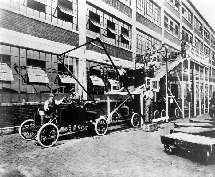 Временная установка корпусов Ford Model T для перевозки, 1913