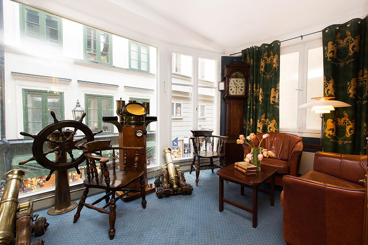 The Collector's Hotels — общее название трех отелей, принадлежащих семье Бергтссон: Lord Nelson, Lad