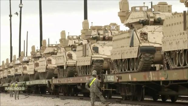 США перебросили вВосточную Европу своих военных итанки