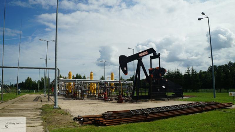 США заключили первые договоры напоставку нефти изстратегических запасов страны