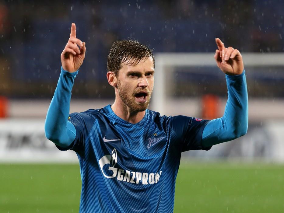Футболист Иванович прибыл вПетербург для подписания договора с«Зенитом»