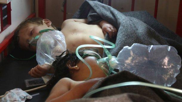 В итоге газовой атаки вСирии погибли неменее 35 человек