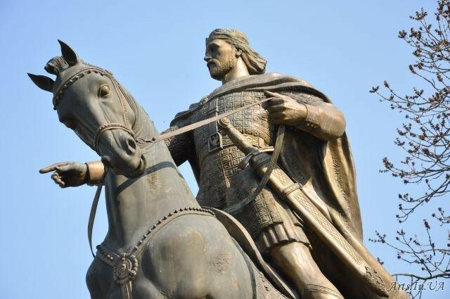 7 легендарних сокровищ Украины, не найденных до нашего времени