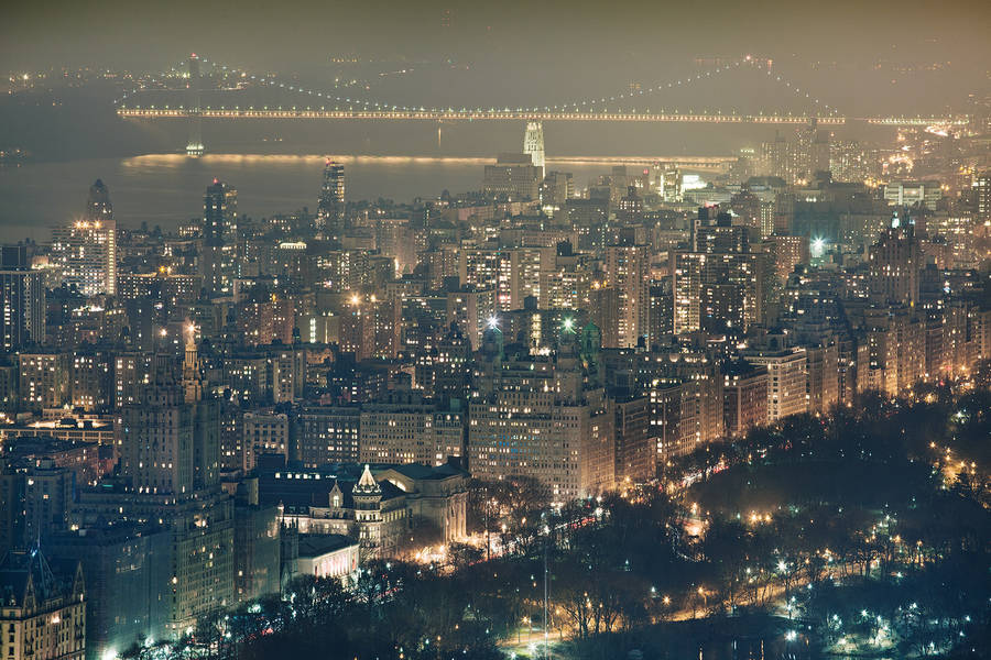 Stunning Pictures of Manhattan Skyline at Night