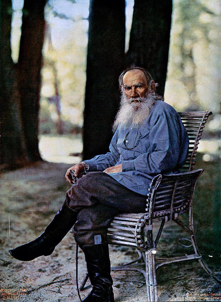 Толстой 1908а.jpg