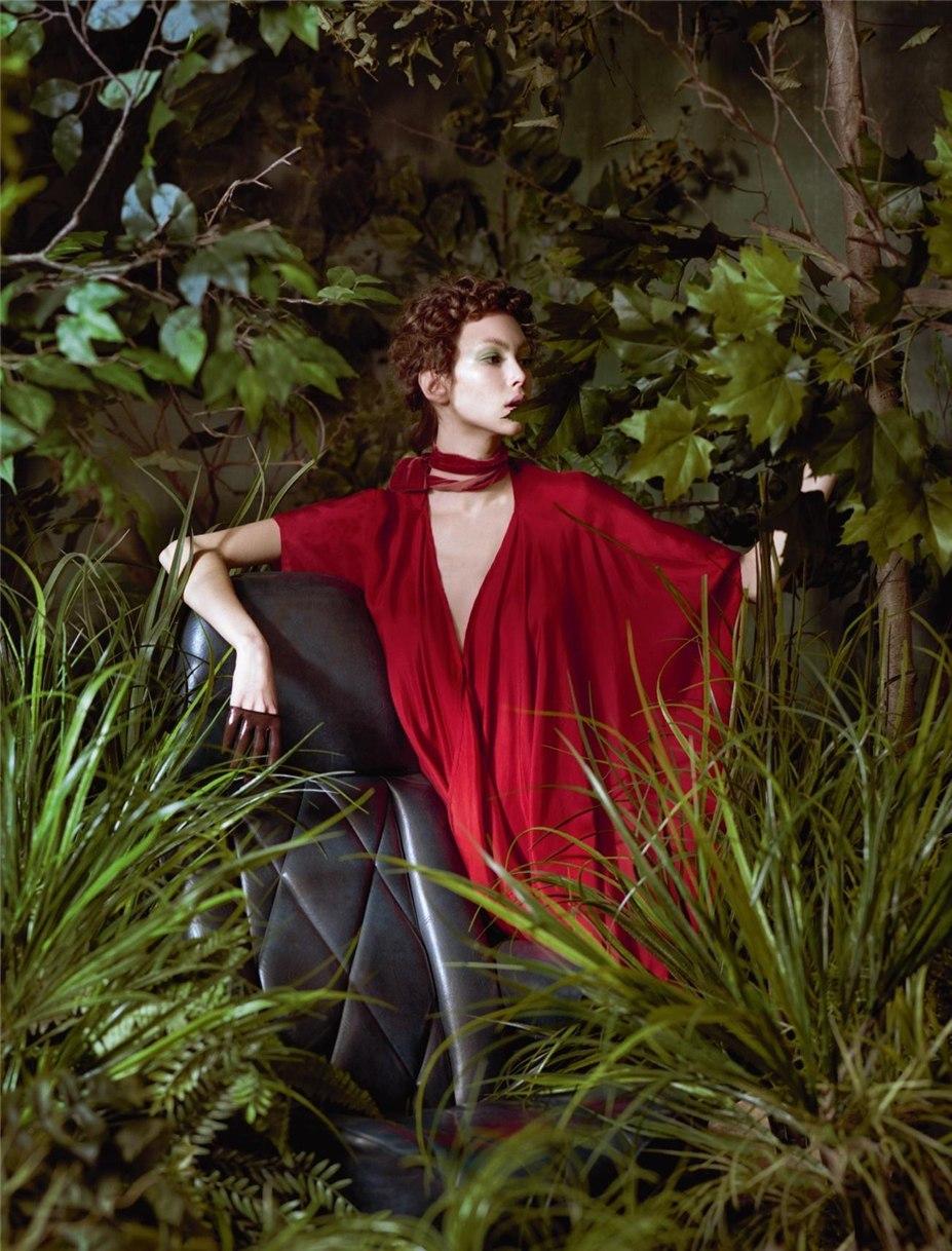 В райском саду с Лореной Мараски / Lorena Maraschi by Jeff Bark - Numero Magazine february 2017