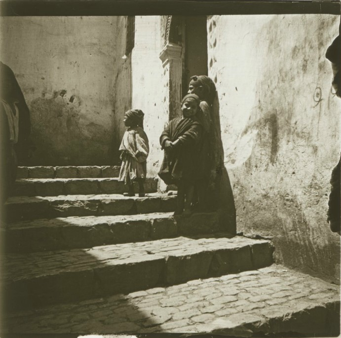 1903. Дети на рю Дю Дьябле. Алжир, Алжир