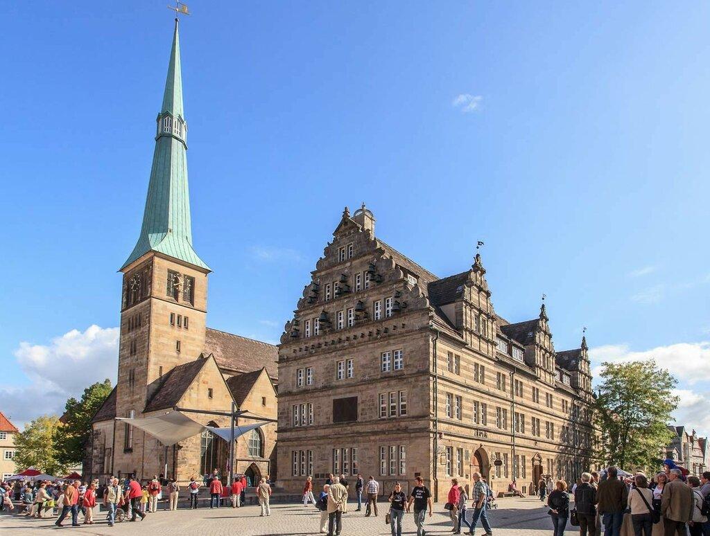 2306-hochzeitshaus-und-marktkirche1.jpg