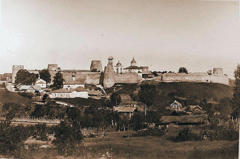 1871 Вид на Изборскую крепость. К.И.Кампрад2.jpg