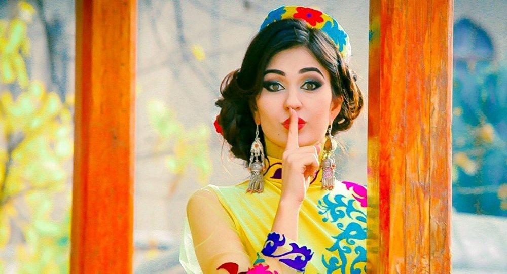 Таджикская мать-героиня признана самой красивой моделью