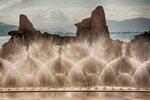 Уникальный фонтан на острове