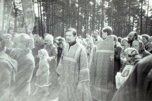 Отец Владислав еще не в сане.