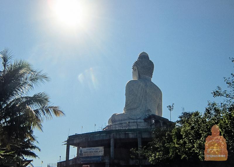 Биг Будда строят до сих пор