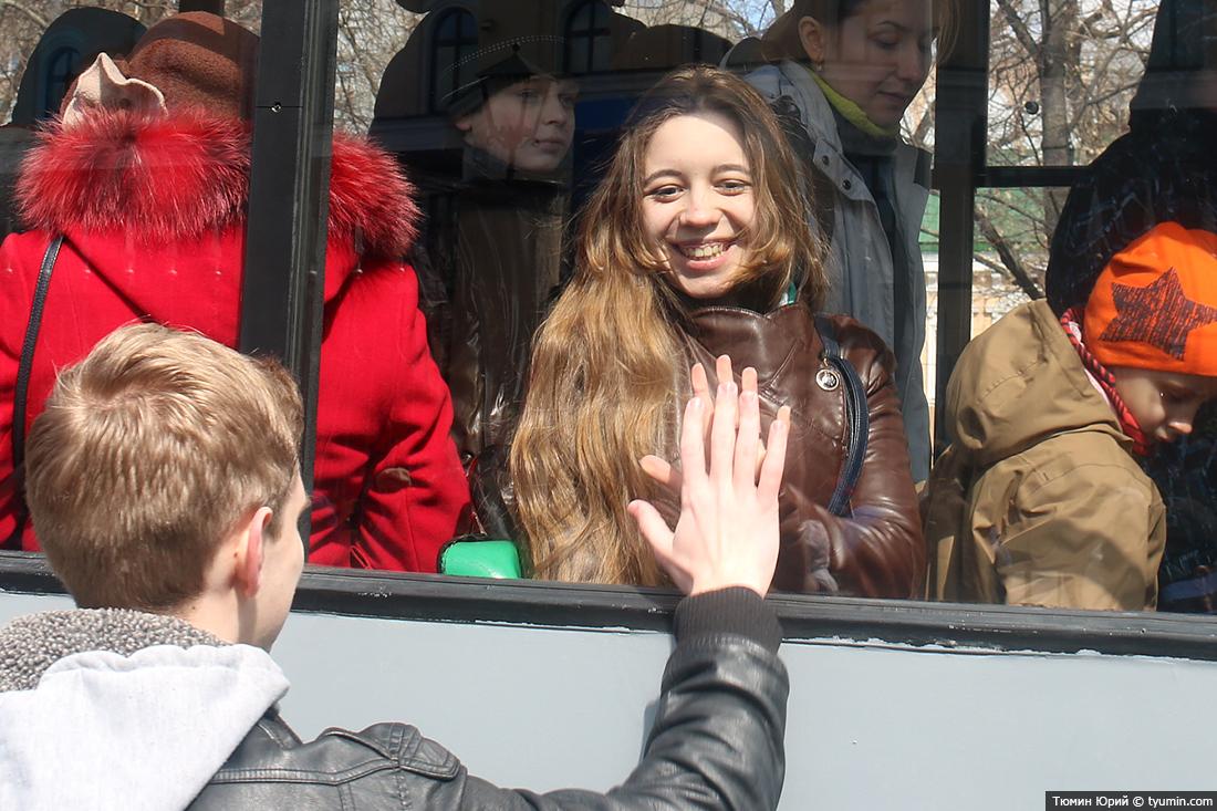 Журналист и путешественник Юрий Тюмин поделился с экологами репортажем о параде трамваев в Москве  - фото 31