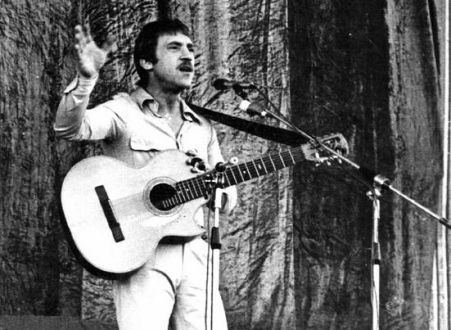 Первый сердечный приступ с артистом случился на концерте в Бухаре 25 июля 1979 года. Тогда его жизнь
