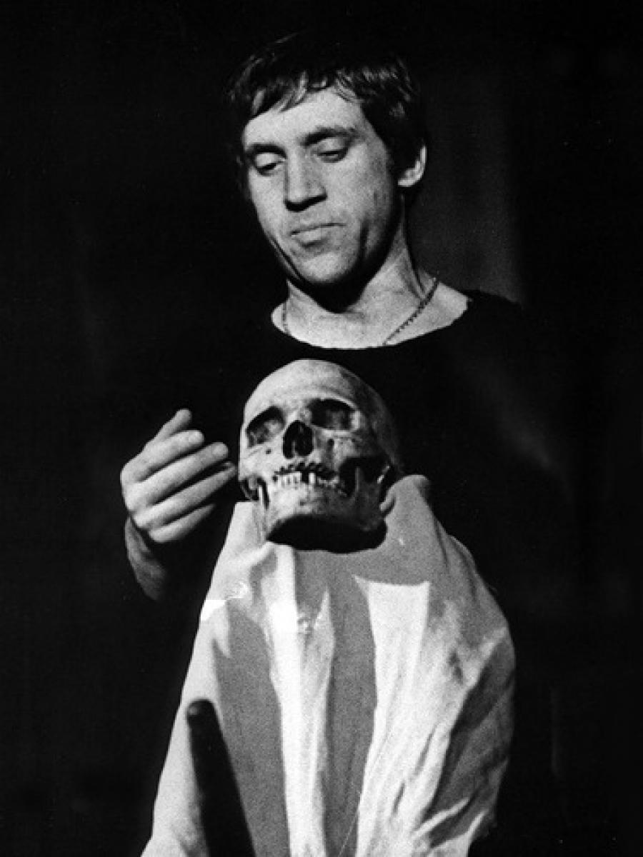 18 июля Высоцкий сыграл Гамлета в последний раз. В тот вечер он себя чувствовал никудышно, и врач за