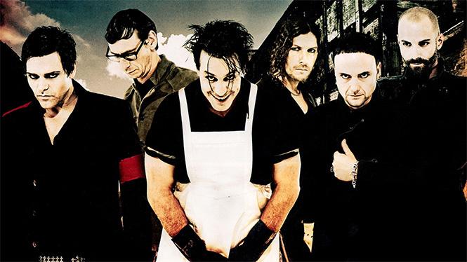Rammstein Участники немецкой группы всячески отвергают связь между своим названием и трагической ави