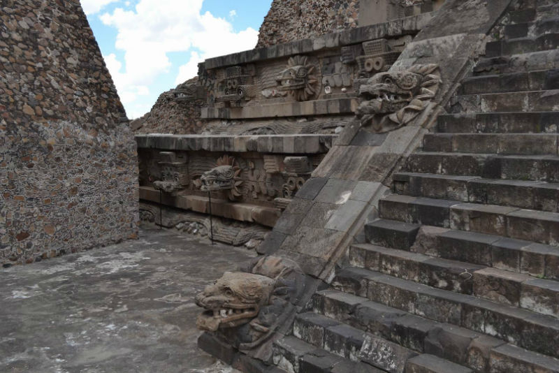 Вцентре Мехико отыскали доколумбовый храм