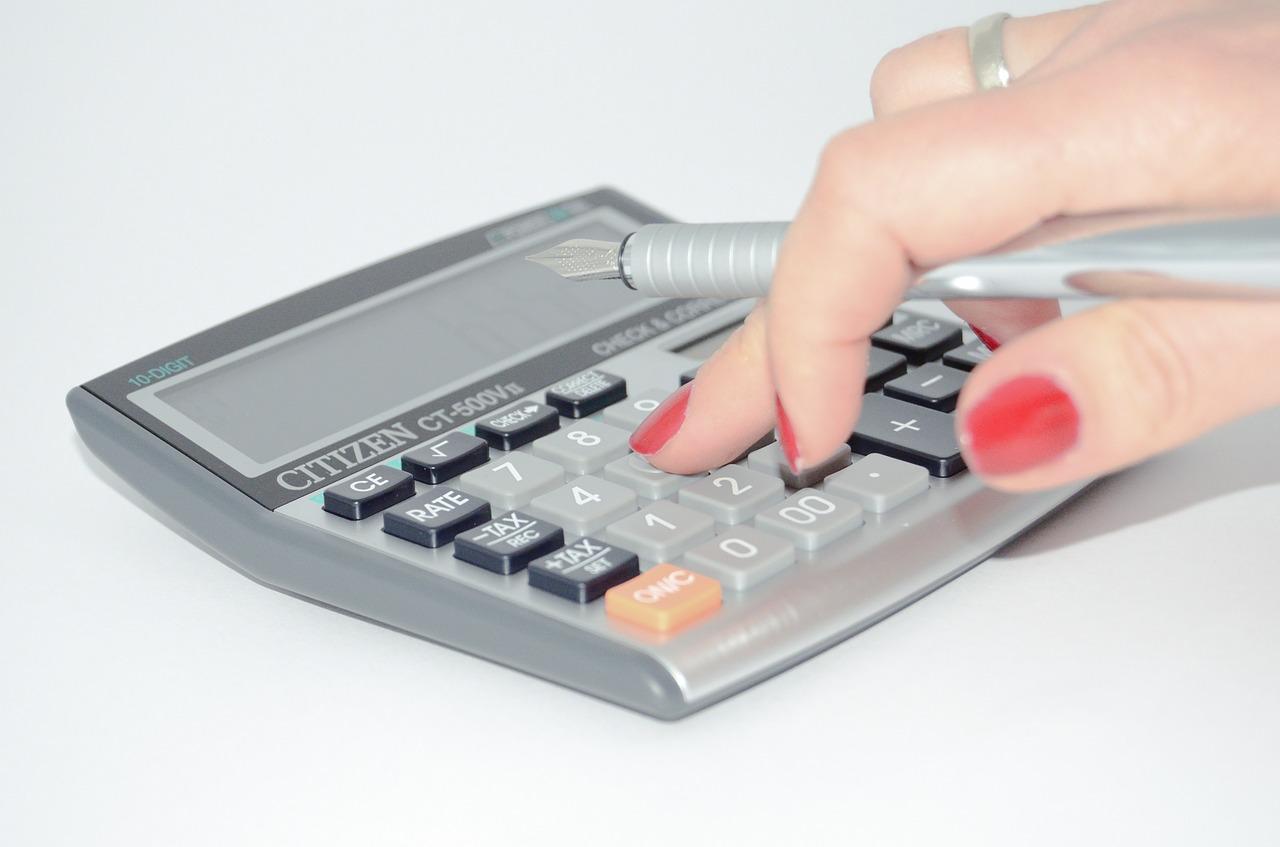 В РФ неплательщикам налогов нажильё угрожает новый штраф