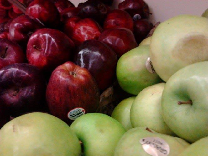 Как отмыть яблоки от воска