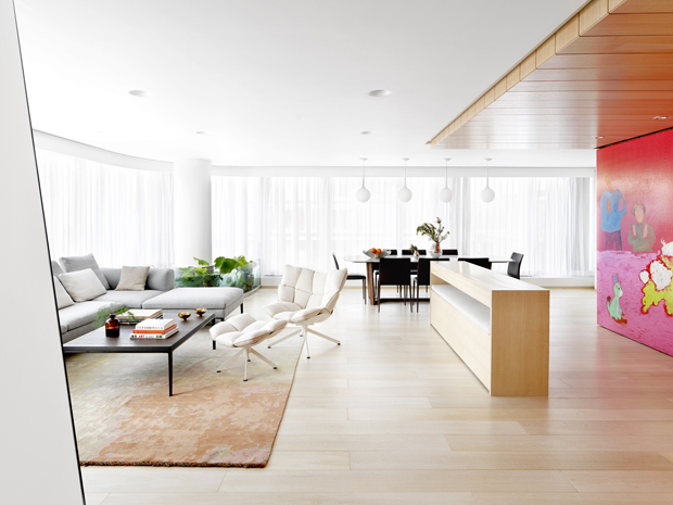 Apartment of Perfect Brightness by Adam Sokol Architecture Practice