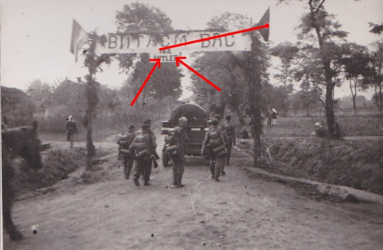 Ukraine welcome Hitler.jpg