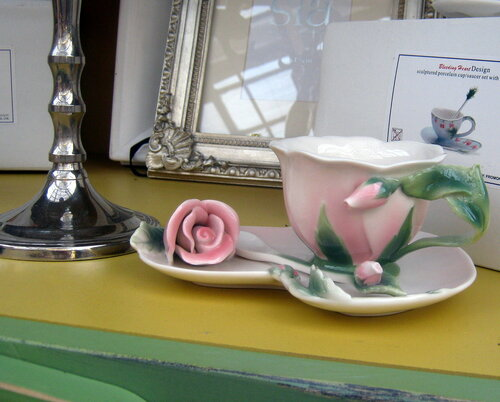 Чашка с блюдцем Роза