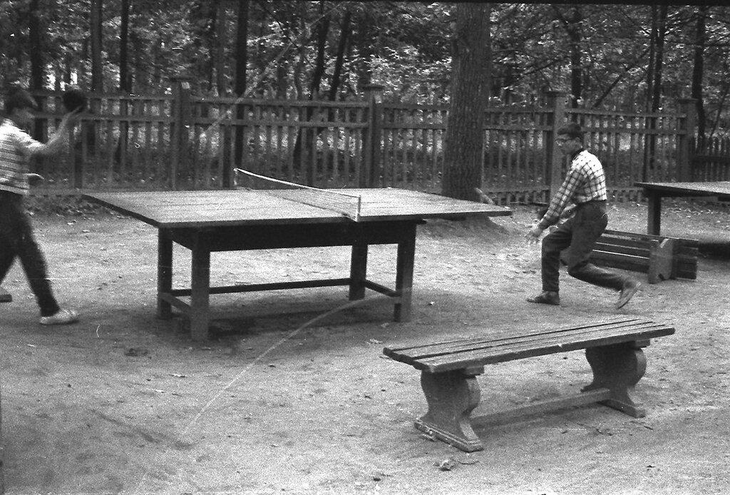 513875 Настольный теннис нач. 1960-х.jpg