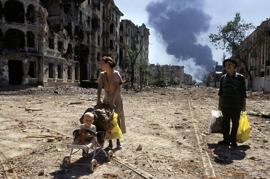 Laurent Van Der Stockt, 1996, august, Grozny.jpg