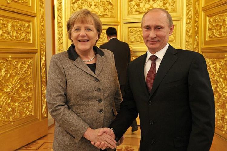 Путин иМеркель обеспокоены нарушениями «режима тишины» вДонбассе