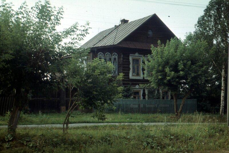 Воткинск, мб 1979 г. Дом Чебкасовых