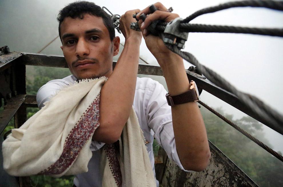 7. Дома и жизнь в Йеменских горах. (Фото Abduljabbar Zeyad | Reuters):
