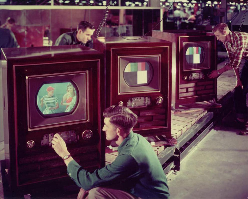 24. 1 марта 1954 года на атолле Бикини (Маршалловы острова) американцы провели испытание термоя