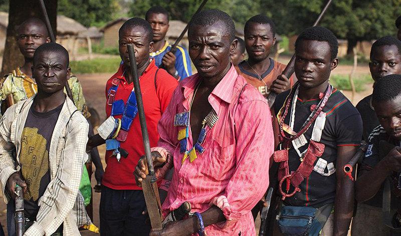 Камерун  Общее количество языков : 281 В стране насчитывается более 250 мелких этносов, пр