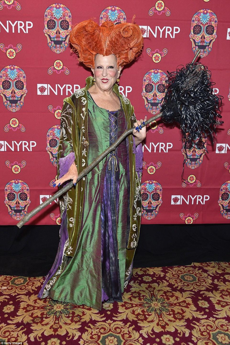 Самые дерзкие костюмы знаменитостей на вечеринках в честь Хеллоуина (20 фото)