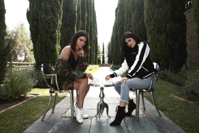 Кендалл и Кайли Дженнер для рекламной кампании PacSun