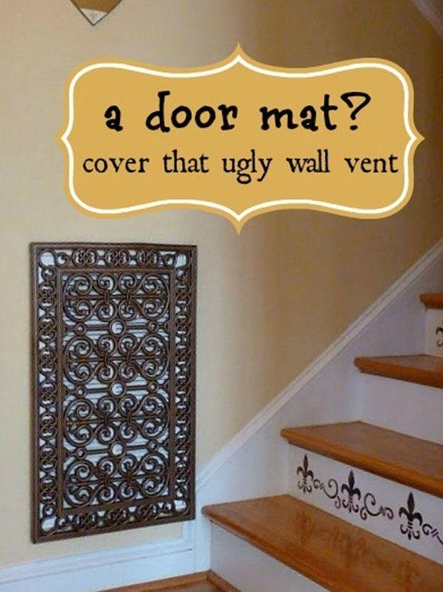 9. Вентиляционное отверстие или электрический щит можно спрятать за красивым дверным ковриком. Главн