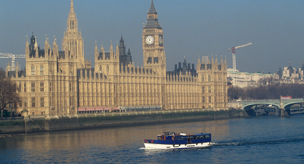 Brexit может обойтись Великобритании в65млрдевро,— Politico