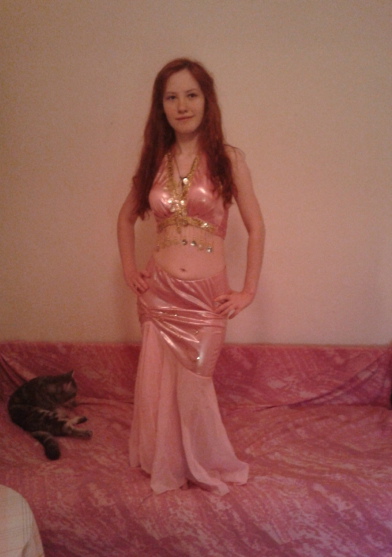 MoonHYDE belly dancer russia
