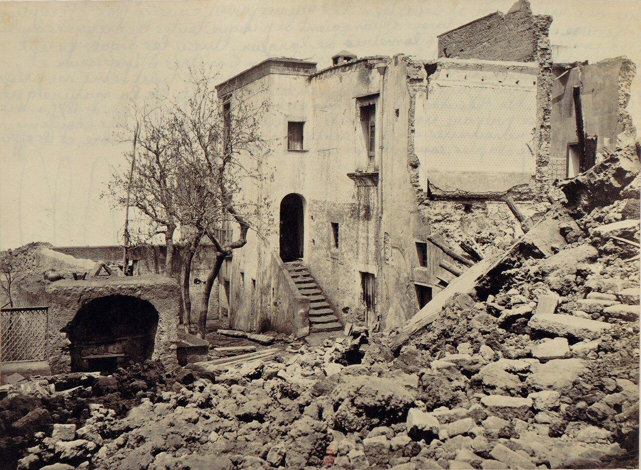 91. Окрестности Неаполя. Сан-Себастьяно, разрушенный извержением 1872 года.  30 апреля
