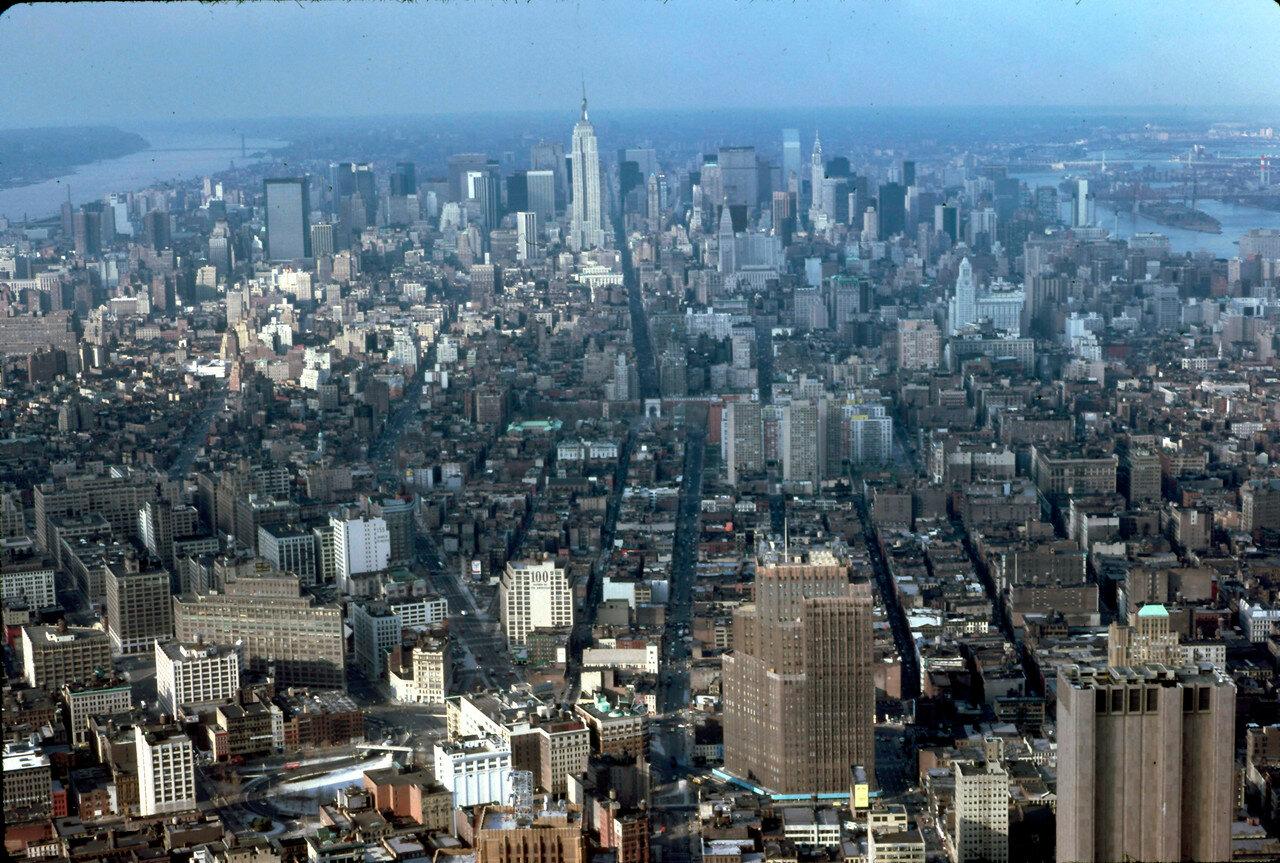 Нью-Йорк. Вид из здания Всемирного торгового центра