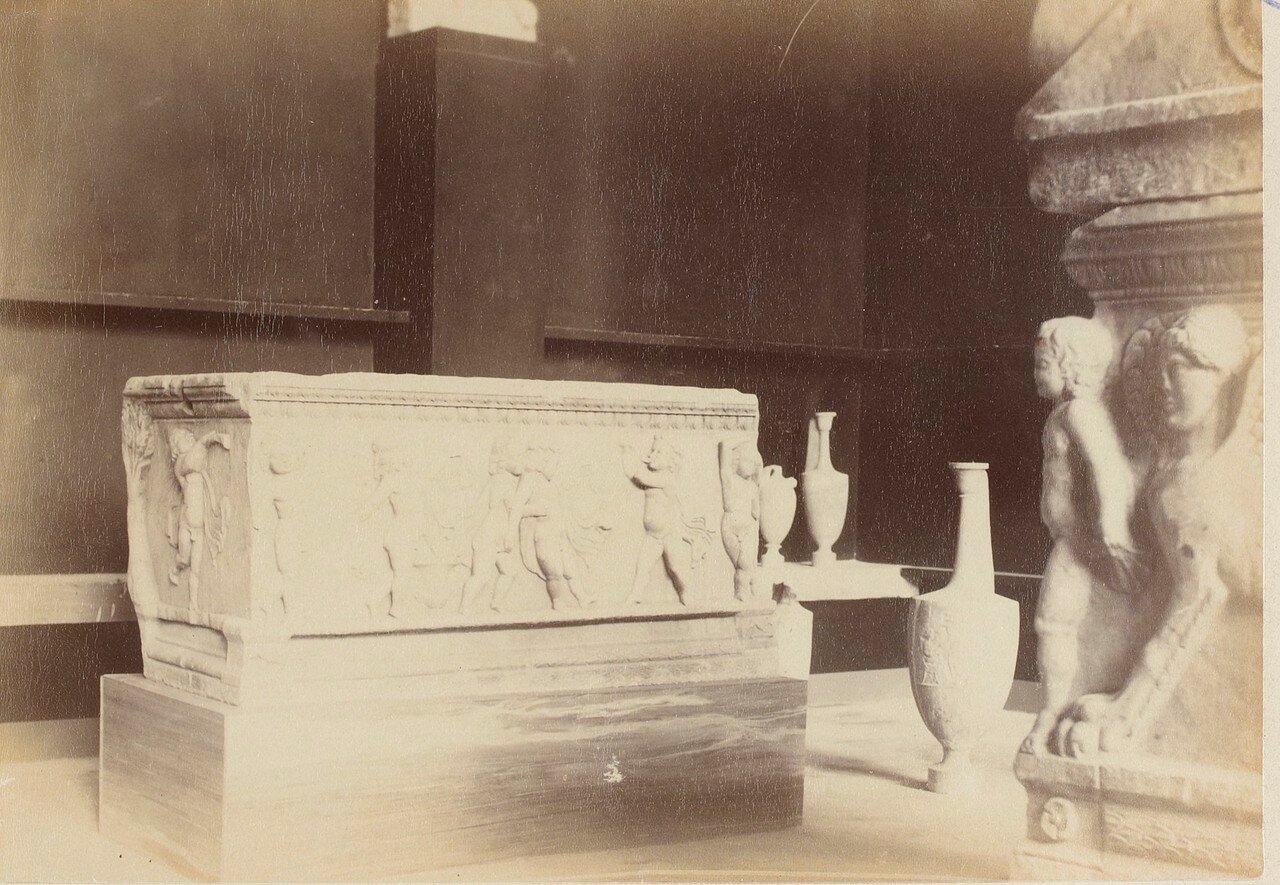 107. Саркофаг