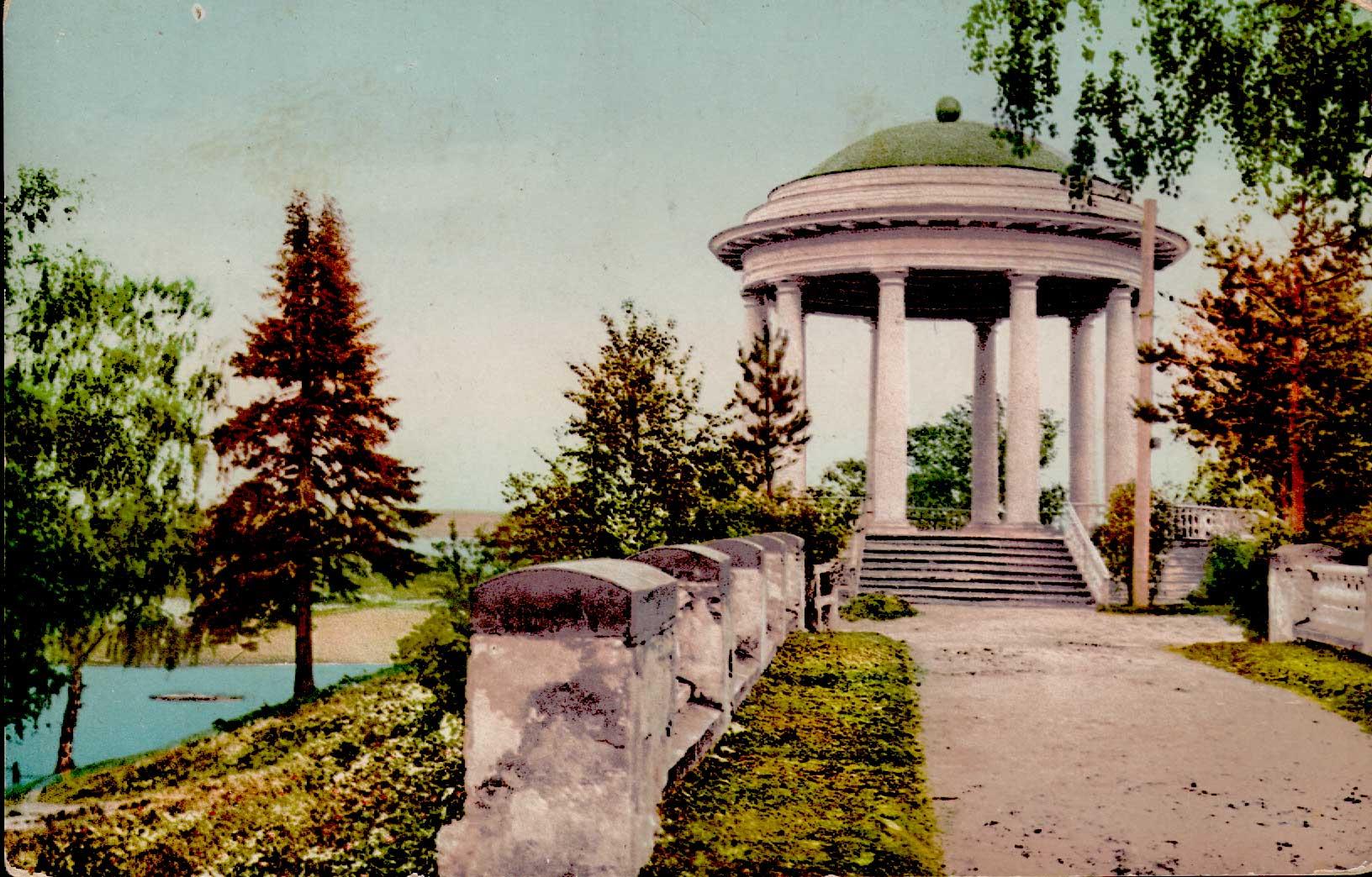 Александровский сад. Ротонда